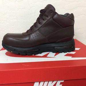 Nike Air Max Goadome ACG Boot  Burgundy Black